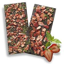 DARK STRAWBERRY & BASIL BARK BAR